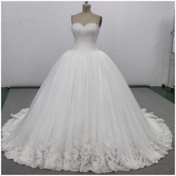 D590 lace sweetheart wedding dress ball gowns 2018 real sample custom made,strapless sweetheart top lace ball gown wedding dress,ball gown floor length lace tulle bridal dress